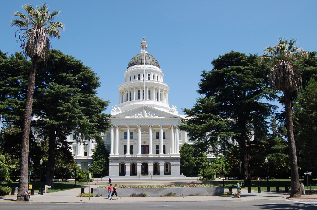 New California Legislation Requires Employers with at Least Five Employees to Provide Sexual Harassment Prevention Training